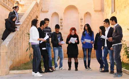 Öğrencileri Sahne Heyecanı Sardı 1