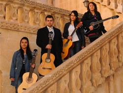 Midyatlı Gençlerin, Gitar Kursu Mutluluğu