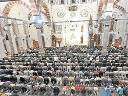 CHP'li Özkes: AB istedi ayet kaldırıldı