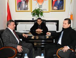 Şahin'den, Başkan Hüseyin Çelebi'ye Tebrik Ziyareti