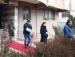 Vekil evine de polis baskını !