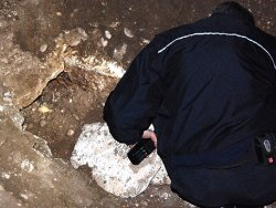 Taburdan çıkan cesetler elbiselerinden teşhis edildi