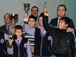 Başarılı Sporculara Kaymakam'dan Ödül