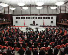 AKP meclisi devre dışı bıraktı