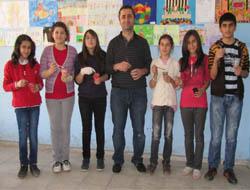 Öğrenciler Hayallerini Duvara Çiziyor