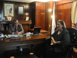 Konsolos'tan Başkan Nasıroğlu'na Ziyaret