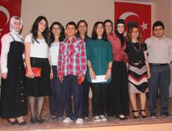 Midyat'ta En Güzel Şiir Okuma Yarışması
