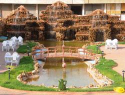 Midyat Belediyesi'nden Şelaleli Park Hizmeti