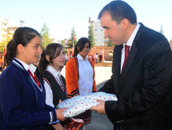 Okullarda 'Cumhuriyet' Konulu Yarışma
