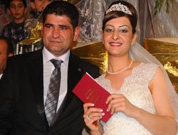 Adliye Çalışanları Düğünde Buluştu