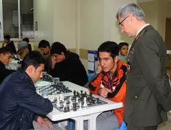Midyat'ta Satranç Turnuvası Start Aldı